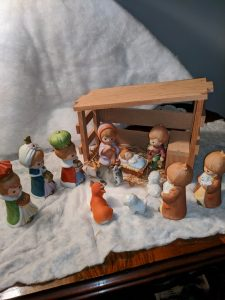 Lyndy Eddy says this Nativity Set was from her children to Daddy