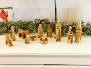 Lilianna and Graham Fenton's set belonged to his grandparents in Pittsburgh. It was made of olive wood in Jerusalem.